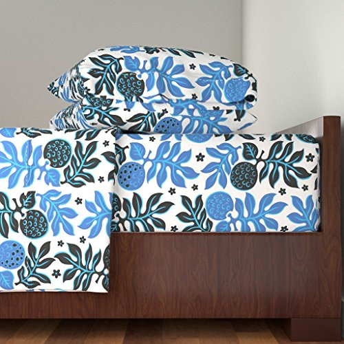 Roostery Tiki 4pc Sheet Set Breadfruit 3E by Muhlenkott Queen Sheet Set made with by Roostery