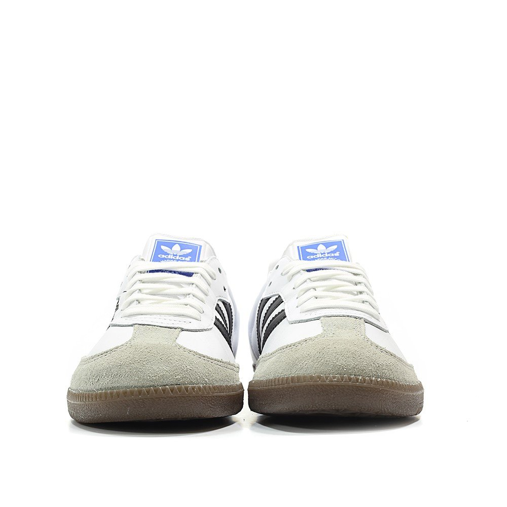 wholesale dealer 4157e 0e17d Amazon.com   adidas Mens Samba OG Athletic   Sneakers   Shoes