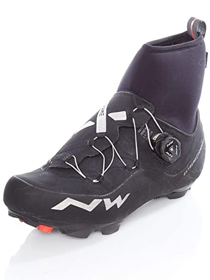 1b1d7d13534 Amazon.com: Northwave Men's Extreme XCM GTX Winter Shoes: Sports ...