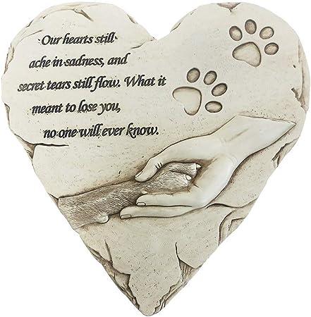 Love Stone Heart Of Stone Concrete Hearts For Garden Lovers Simple Garden Dec