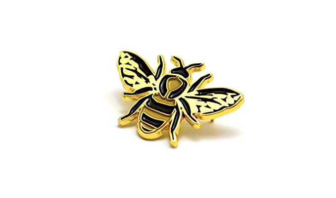 amazon com the worker bee pin clothing