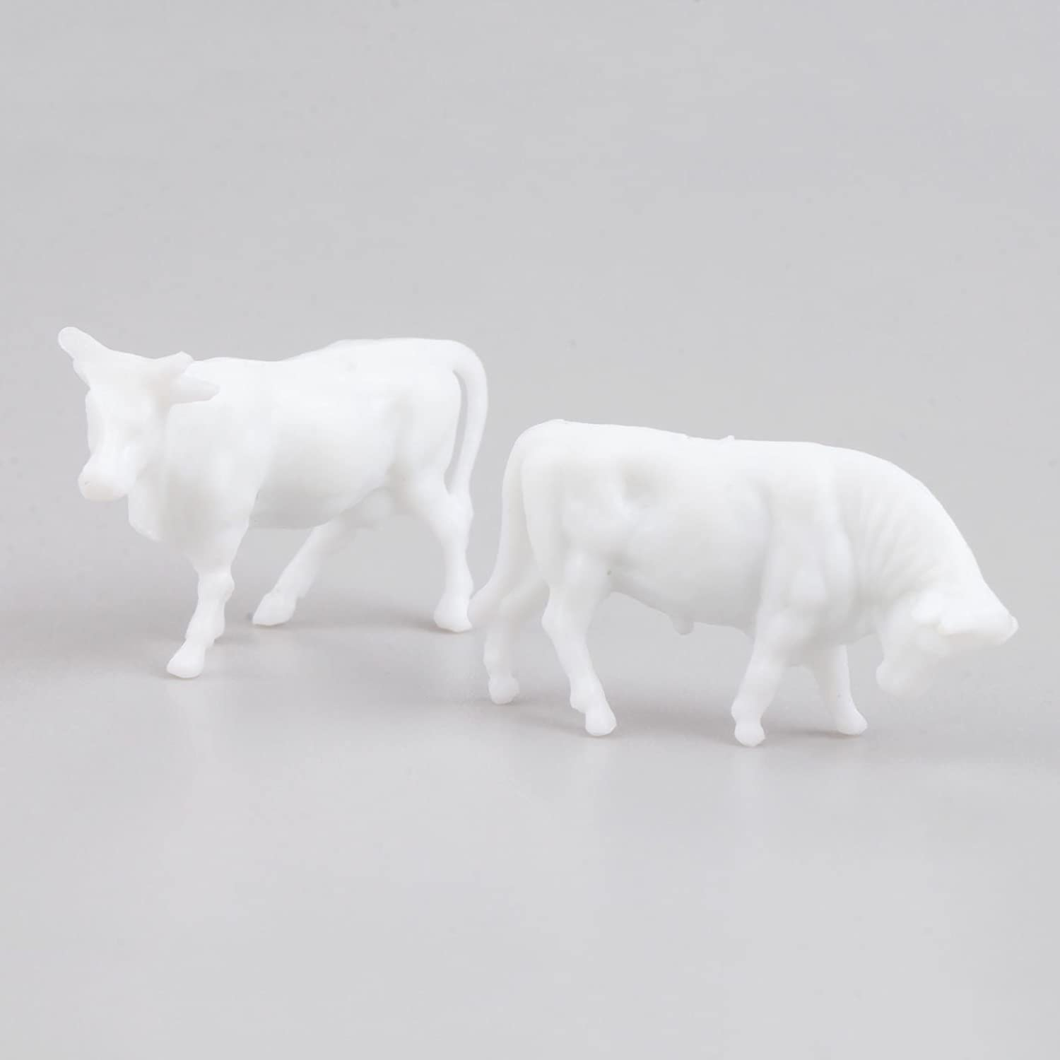 100pcs 1:87 UnPainted White Farm Animals Cows HO Scale Figure Plastic DIY Model Farm Animal Models Toy Set White Yetaha
