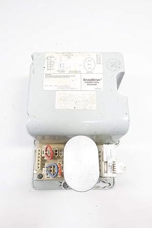 Universal Voltage High-Efficiency Nema Premium Osram Sylvania 49855 QHE3X32T8//UNV ISN-SC Quicktronic T8 Electronic Ballast
