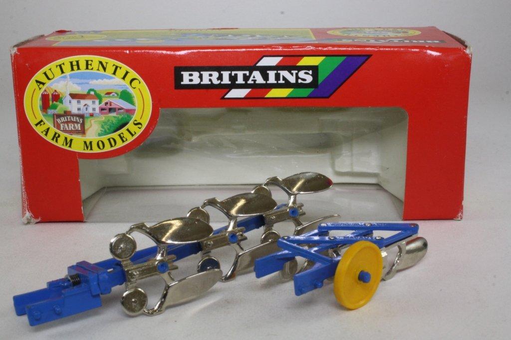 Britains 1/32 Scale Model Plough 9546 - Ploughs Charrues Pfuge