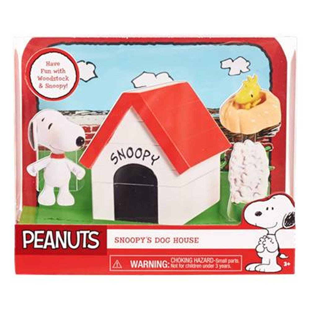 Peanuts Snoopys Dog House w Woodstock 2015 Figures