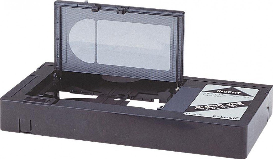 Altai T122F AA Battery Powered VHS-C to VHS Electromechanical Adaptor in Black Electrovision