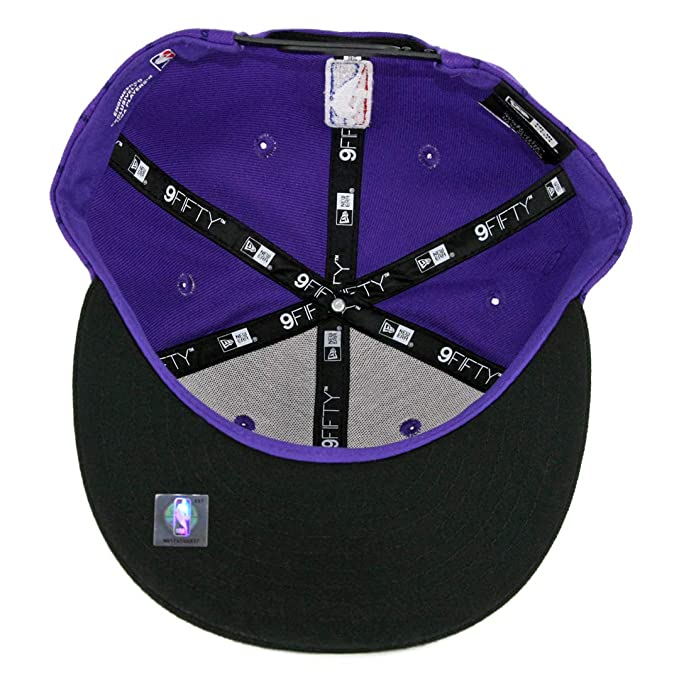 86bcea59525 Amazon.com   New Era Los Angeles Lakers 2018 City Series On-Court 9FIFTY  Snapback Hat- Purple   Sports   Outdoors