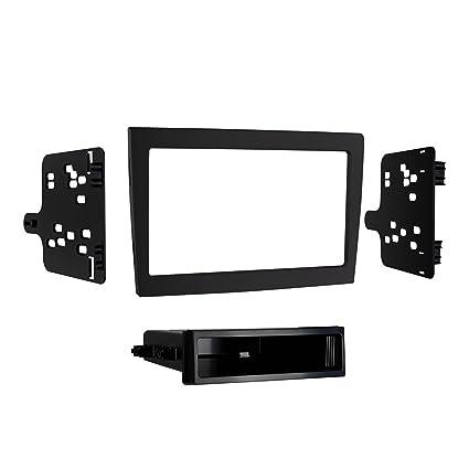 amazon com metra electronics 99 9606b custom fit mounting kit iso rh amazon com Metra Home Theater Metra Dash Kits