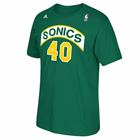 Amazon.com   Seattle SuperSonics Shawn Kemp Throwback Kelly Green Adidas T  Shirt (Medium)   Sports   Outdoors 91a3a4aaa