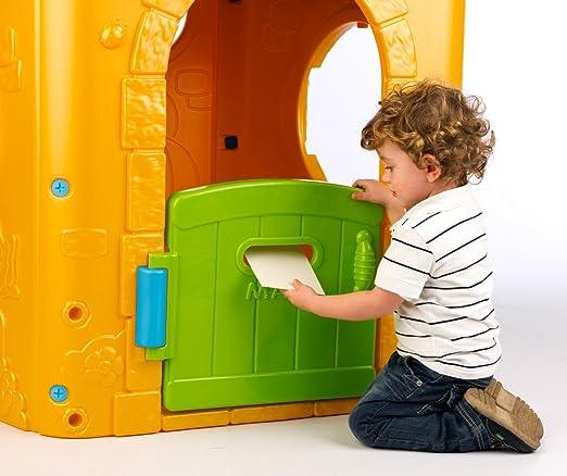 FEBER outdoor Play House - Casa de juegos con puerta y ventanas abatibles y panel de actividades (114 x 105 x 118 cm) (Famosa): Amazon.es: Juguetes y juegos