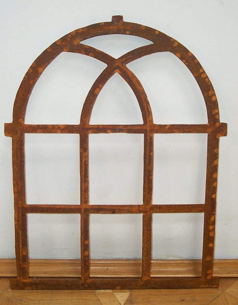 Eisenfenster als Antik-Fenster für Gartenmauer m Bogen Stallfenster westfälisch