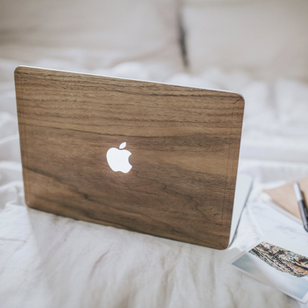 Woodcessories - Skin Compatible with MacBook 15 Pro Retina of Real Wood, EcoSkin (Walnut) by Woodcessories (Image #5)