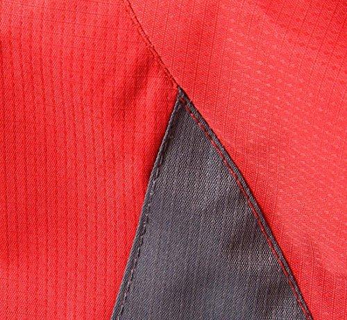 Giacca Di Escursioni Cappuccio Con Pioggia Rosso Impermeabile Uomini Isolati Generici PxqP1g