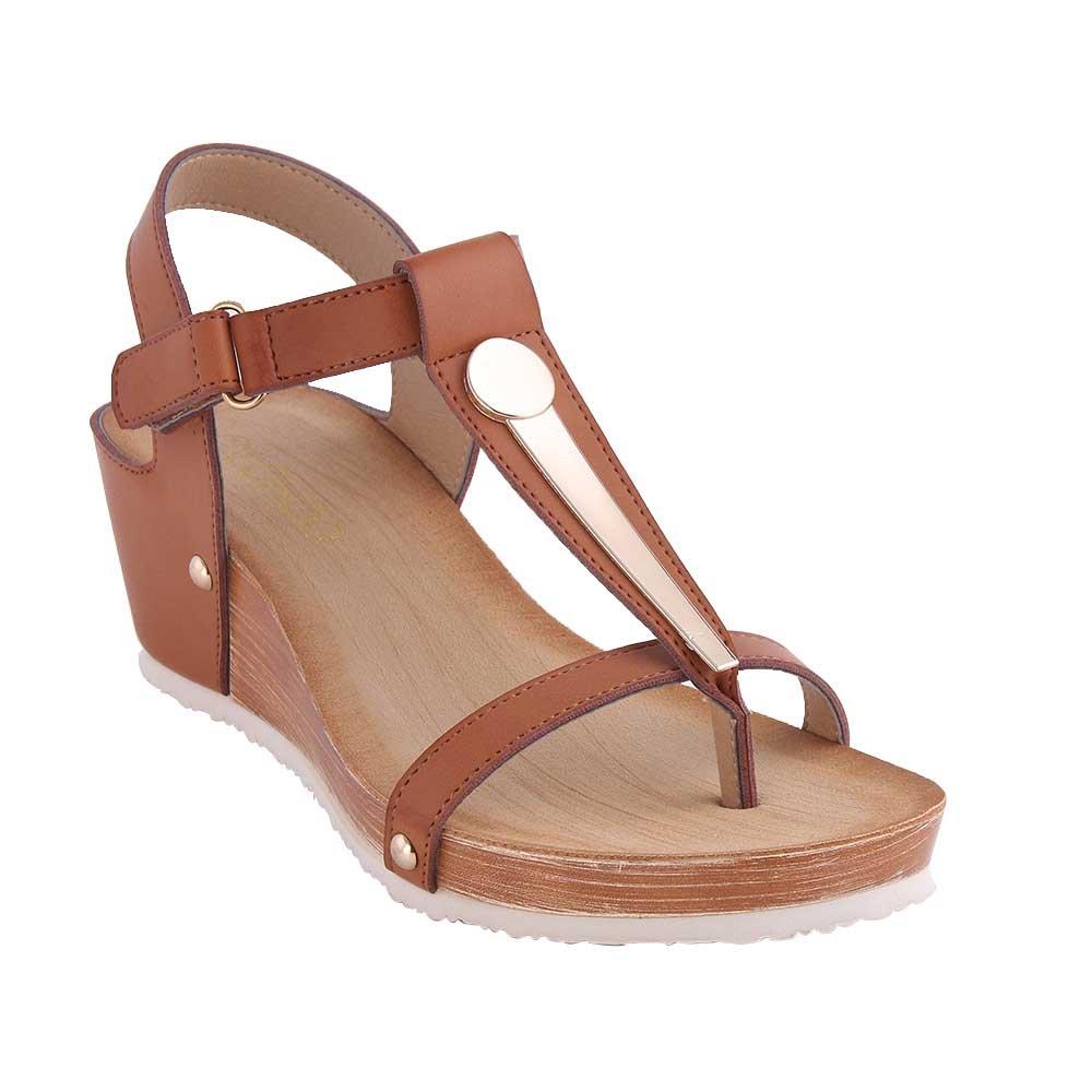 2018 Keile Frauen Sandalen Plattform Keile 2018 Weiche PU Leder Sommer T-Strap Groß Metall Nieten Leichtes Camel Toe Thong Schuhe Camel 7. e2ecc3