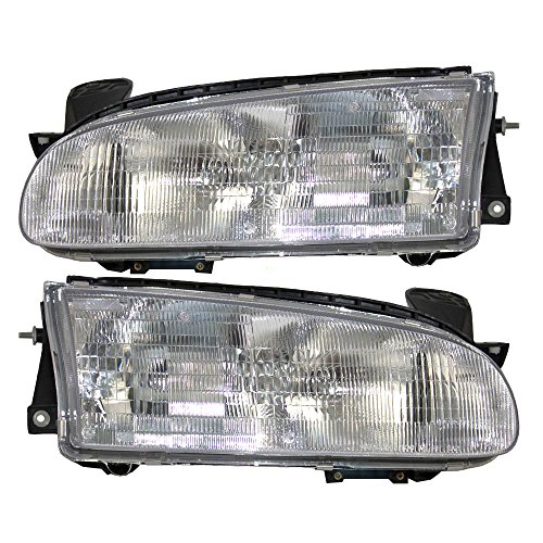 Driver and Passenger Headlights Headlamps Replacement for Geo 94852390 94852389 AutoAndArt (Geo Prizm Replacement Headlight)