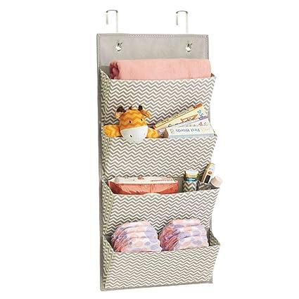 mDesign estanteria colgante para organizar la ropa de bebe - Organizador de ropa color gris oscuro