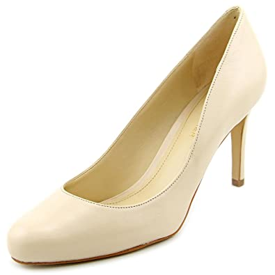 Marc Fisher Womens Universe 2 Closed Toe Classic Pumps Light Natural Size 8.0