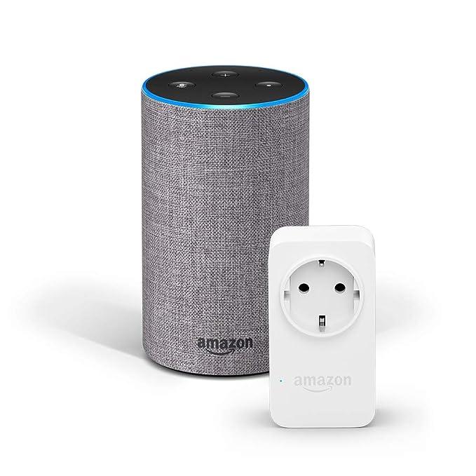 Amazon Echo (2. Gen.), Hellgrau Stoff + Amazon Smart Plug (WLAN-Steckdose), Funktionert mit Alexa