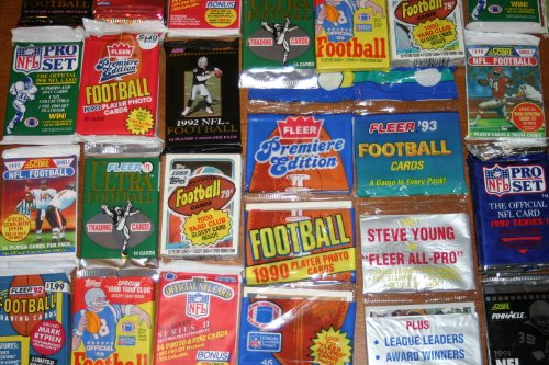 100 OLD FOOTBALL CARDS ~ SEALED WAX PACKS ESTATE SALE WAREHOUSE - Warehouses Old For Sale