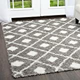 Sohome Glimmer Hudson 5'3″ x7'2 Area Rug in Ivory/Grey