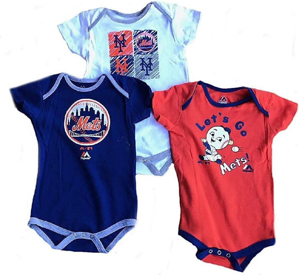 Majestic New York Yankees Baby//Infant Go Team 3 Piece Creeper Set