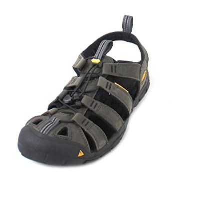 03af71fc758 KEEN Men s Clearwater Leather CNX Closed Toe Sandals  Amazon.co.uk ...