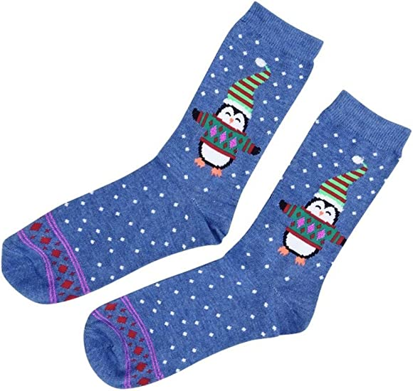 Charter Club Women/'s Holiday Crew Socks Christmas Presents Red Size 9-11