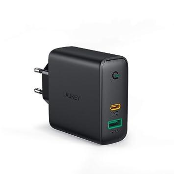 AUKEY Cargador USB C 60W, Cargador Móvil con 60W Power Delivery & GAN Tech, Compatible con iPhone XS/XS MAX/XR, Google Pixel 3/3XL, MacBook, iPad, ...