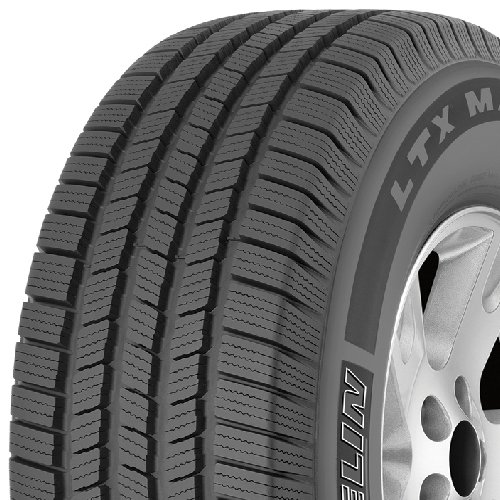 225//065R17 102H Michelin Defender LTX M//S All-Season Radial Tire