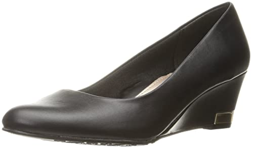 1f4ee9ee6315 Soft Style by Hush Puppies Women s Gana Wedge Pump  Amazon.ca  Shoes ...