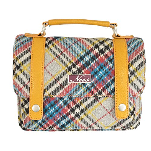 Ness, Signore Tornistertasche