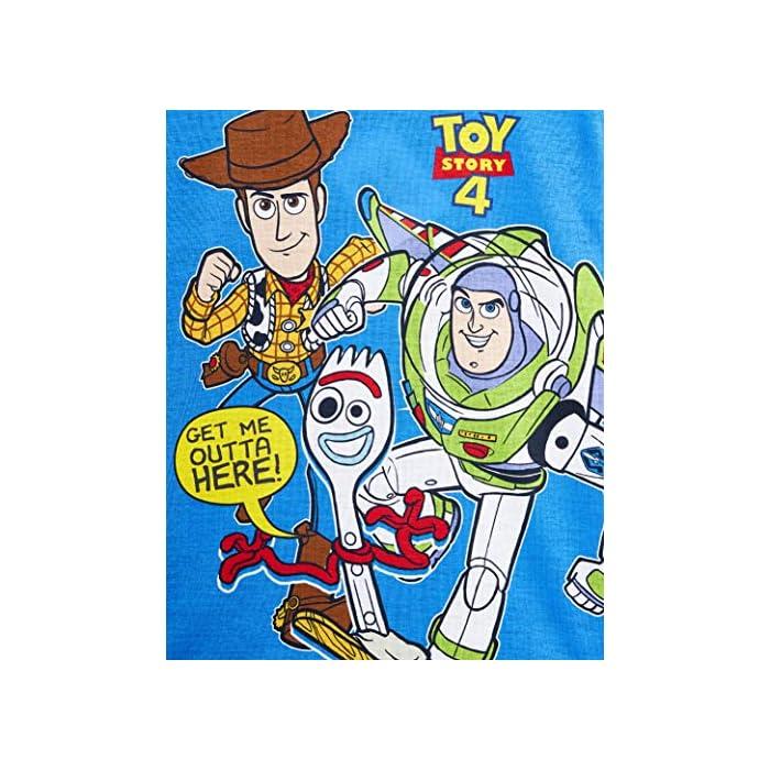 61YTvacyRPL ✔ PIJAMAS DE TOY STORY --- Este conjunto de pijama de 2 piezas viene con una camiseta azul de manga larga que presenta a tus personajes favoritos de Toy Story 4, Buzz Lightyear, Woody y Forky con pantalones largos a juego. Estos pijamas son son perfectos tanto como ropa de dormir como para estar en casa jugando. ✔ TALLAS DISPONIBLES --- Nuestros magníficos pijamas niños de Toy Story están disponibles en tallas para edades: 18/24 meses, 2/3 años, 4/5 años, 5/6 años, y 7/8 años. Pida la talla que adquiere normalmente en las tiendas y no tendrá problemas. 100% Algodón