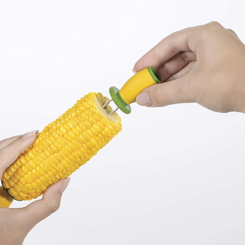 Yellow//Green OXO Good Grips Interlocking Corn Holders Set of 16 Corn Cob Holders 11109500
