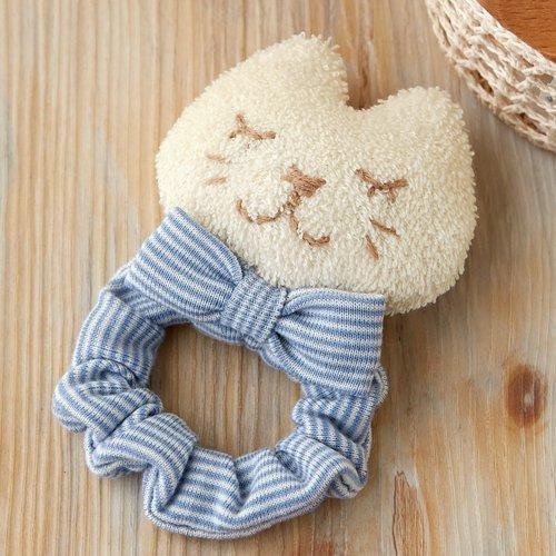 綿50gと糸付き★オーガニックコットンで作る ねこのシュシュのがらがら 手作りキットセット【出産祝い 自然素材のガラガラ(ラトル)手芸パック 赤ちゃんのおもちゃ】