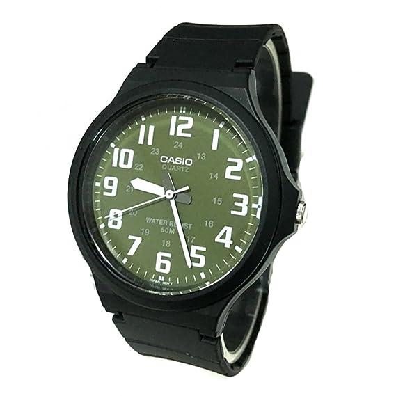 bff96484d626 CASIO MW-240-3BV - Reloj analógico de caballero. Esfera verde. Caucho  negro  Amazon.es  Relojes