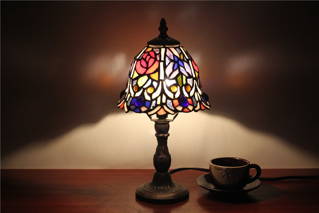 Royal-7 inch colorful retro luxury European Tiffany glass lamp bedroom bedside small table lamp