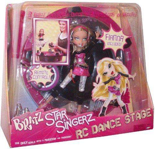 Bratz Star Singerz RC Dance Stage and Fiana Doll ()