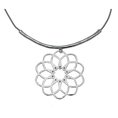 03a42967cc4 Collier torque motif pendentif Xl rosace collection CADIX  Amazon.fr ...