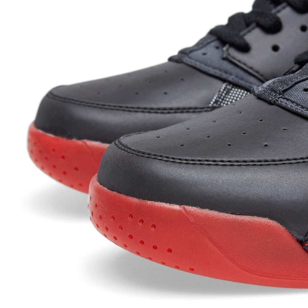 brand new 1c142 bdee0 Amazon.com   Nike Air Flight Huarache PRM QS Men s Shoes Black Anthracite-Challenge  Red 686203-001 (8 D(M) US)   Basketball