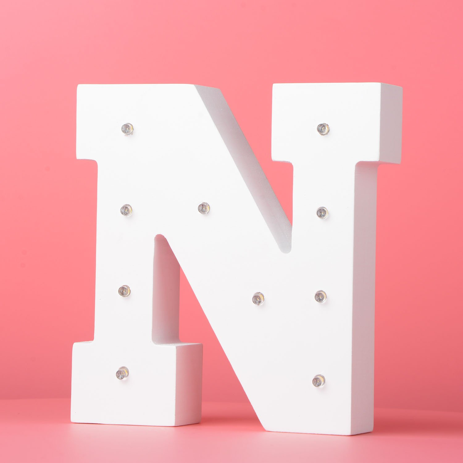 LED Light Up Wooden Alphabet Marquee Wall Letter Night Decorative DIY White Letters Lights Sign With Battery Operated for Festival Party Wedding Holiday Birthday Christmas Valentine Rom /&