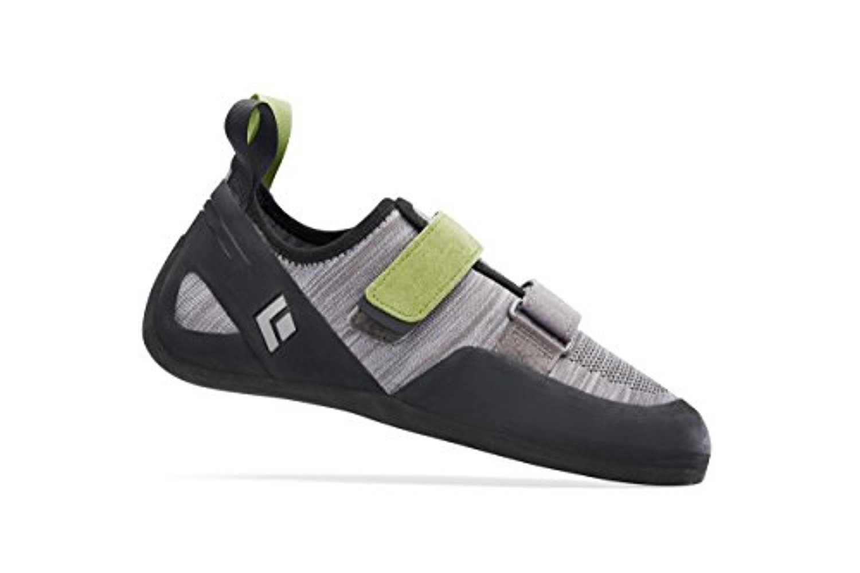 Black Diamond Momentum- Men's Climbing Shoes Slate 10 & Cooling Towel Bundle