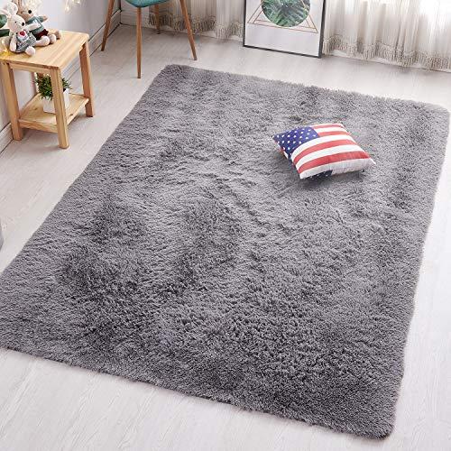 PAGISOFE Grey Fluffy Shag Area Rugs for Bedroom