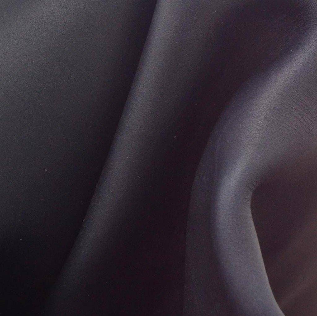 レザーOil Tanned 23.1 Sqft Starshipブルー牛側5 1 / 2 – 6 oz Smooth - 15 B07FPQ4YKM
