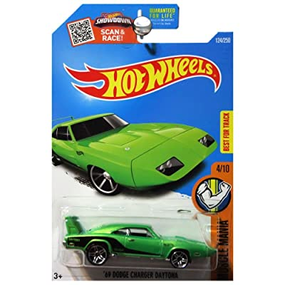 Hot Wheels 2016 Muscle Mania 1969 Dodge Charger Daytona Green: Toys & Games
