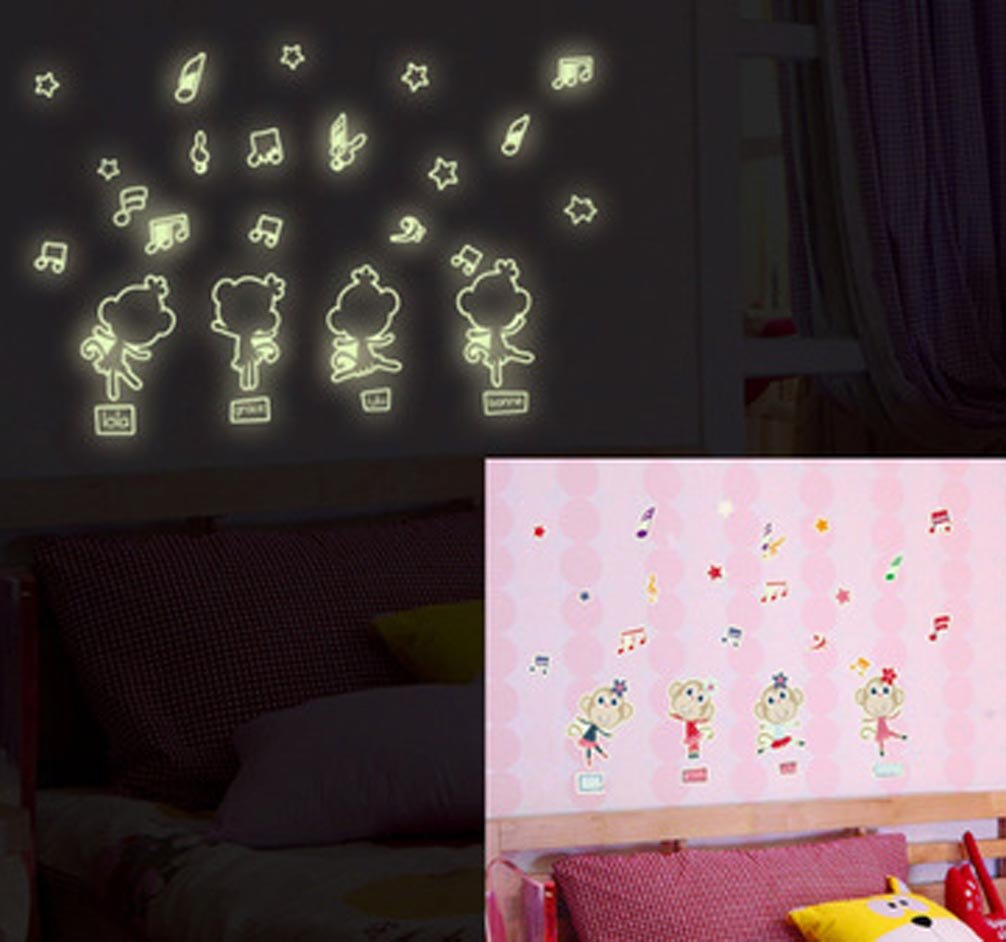 Glow in The Dark Undersea World Fish Octopus Wall Sticker Kid Bedroom Decoration