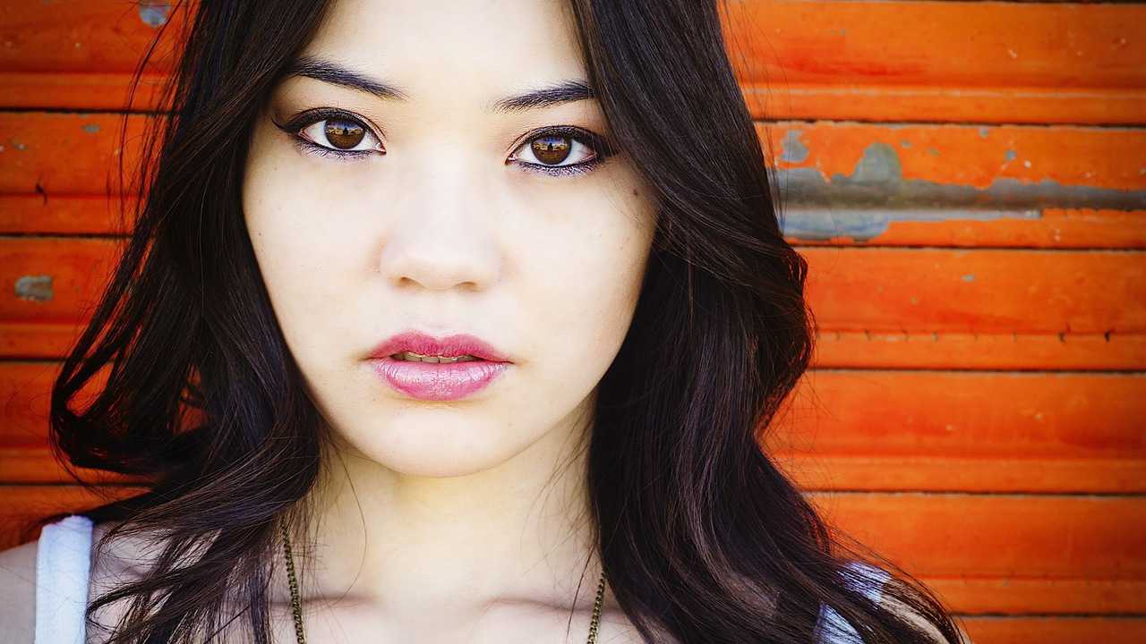 6 Everyday Makeup Tips For Asians