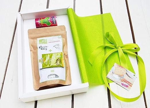 geschenkpaket brot salz quot alles liebe quot mit steinsalz brot und salz geschenk zum einzug
