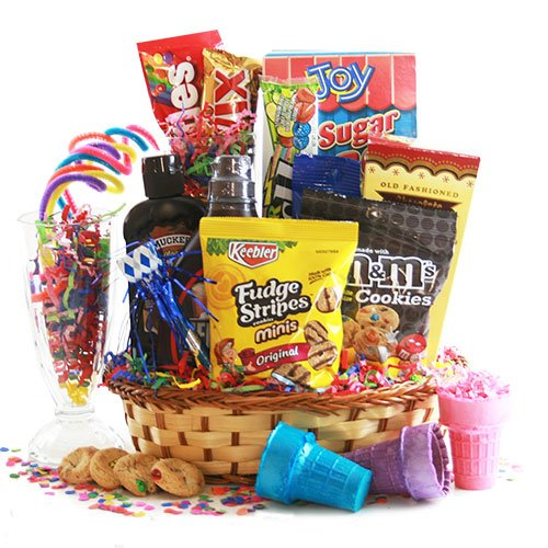 Sundae Night Special Ice Cream Gift Basket (Ice Cream Sundae Basket)
