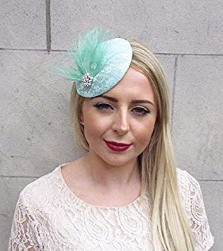 Starcrossed Boutique Mint Green White Feather Fascinator Pillbox Hat Hair  Clip Races Wedding 3890  Amazon.co.uk  Beauty 6acadab6024