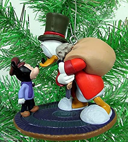 Mickey/'s Christmas Carol 6pc Figure Ornament Set Scrooge Donald Daisy Tiny Tim